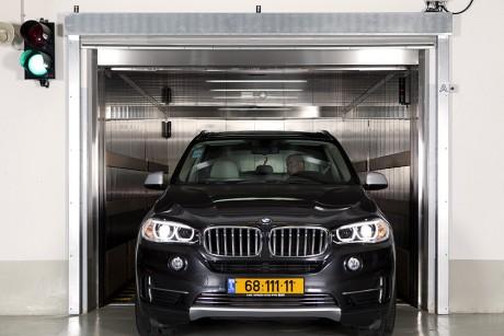 מוסך ארצי BMW, פתח תקווה