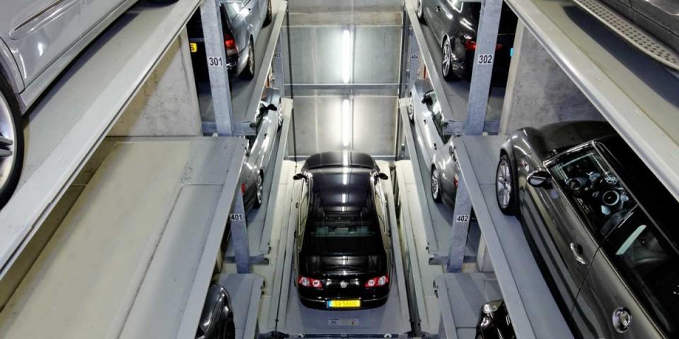מתקן חניה אוטומטי